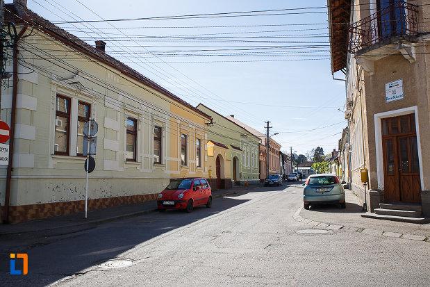 ansamblul-urban-str-george-cosbuc-din-orastie-judetul-hunedoara-monument-de-arhitectura.jpg