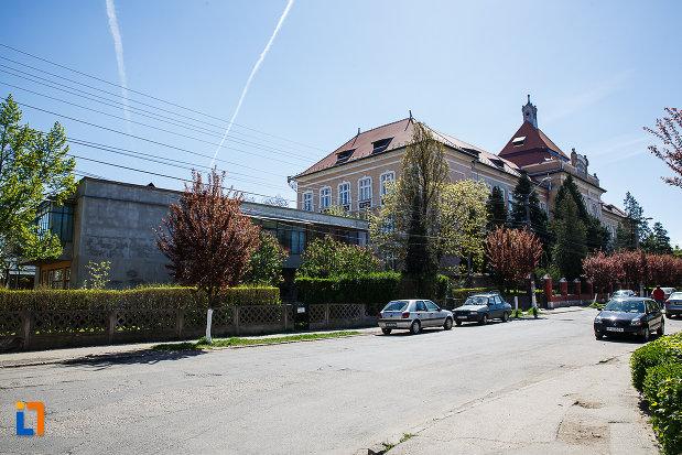 ansamblul-urban-str-gheorghe-lazar-din-orastie-judetul-hunedoara.jpg