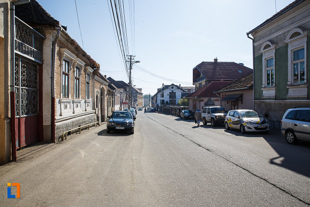 ansamblul-urban-str-octavian-goga-din-orastie-judetul-hunedoara-monument-istoric.jpg