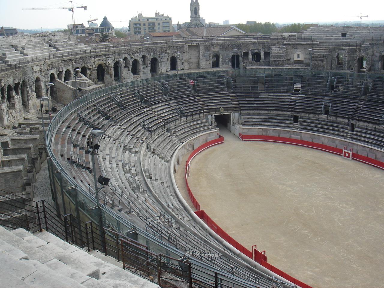arenele romane Nimes