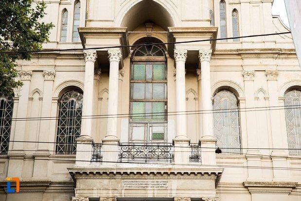 balcon-de-la-biserica-greaca-din-braila-judetul-braila.jpg
