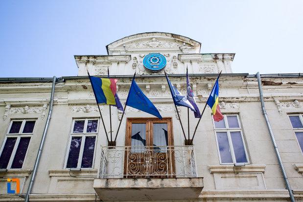 balcon-de-la-muzeu-national-al-politiei-romane-din-targoviste-judetul-dambovita.jpg