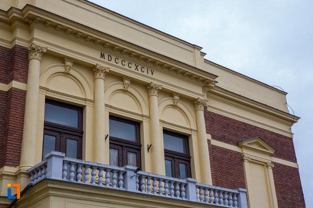 balcon-de-la-muzeul-de-istorie-naturala-din-sibiu-judetul-sibiu.jpg