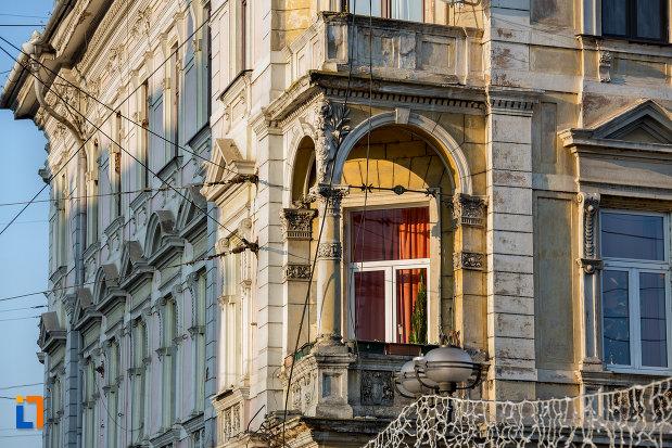 balcon-de-la-palatul-berde-din-cluj-napoca-judetul-cluj.jpg