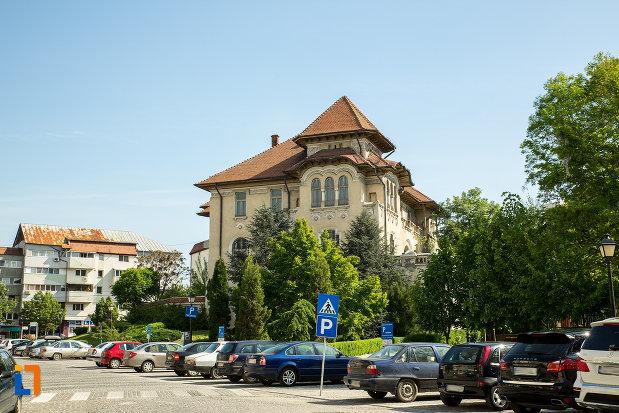 banca-nationala-a-romaniei-din-slatina-judetul-olt.jpg
