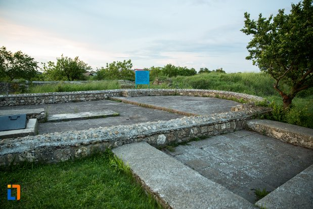 basilica-paleocrestina-asezarea-romana-sucidava-din-corabia-judetul-olt.jpg