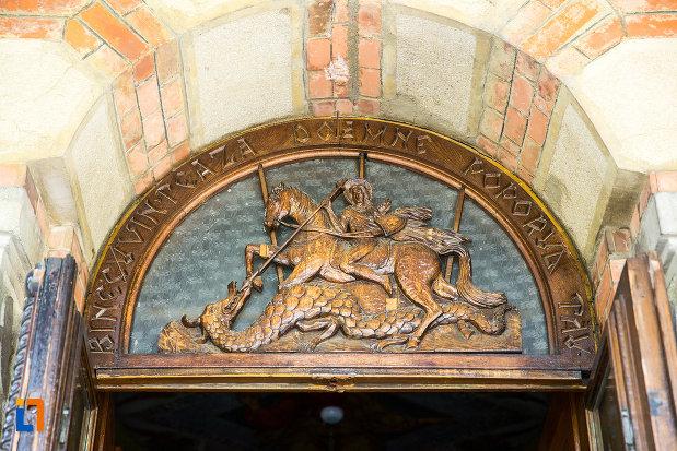 basorelief-de-la-catedrala-ortodoxa-sf-gheorghe-din-tecuci-judetul-galati.jpg