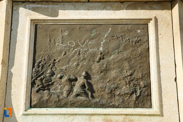 basorelief-de-la-monumentul-eroilor-1916-1918-din-odobesti.jpg