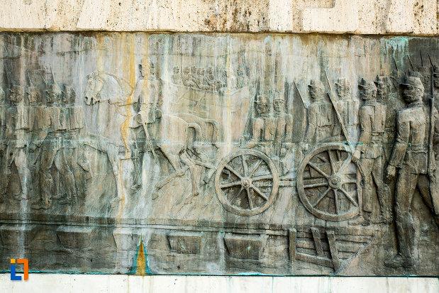 basorelief-de-pe-monumentul-comemorativ-al-razboiului-de-independenta-din-calafat-judetul-dolj.jpg