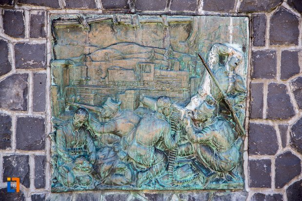 basorelief-de-pe-monumentul-eroilor-din-predeal-judetul-brasov.jpg