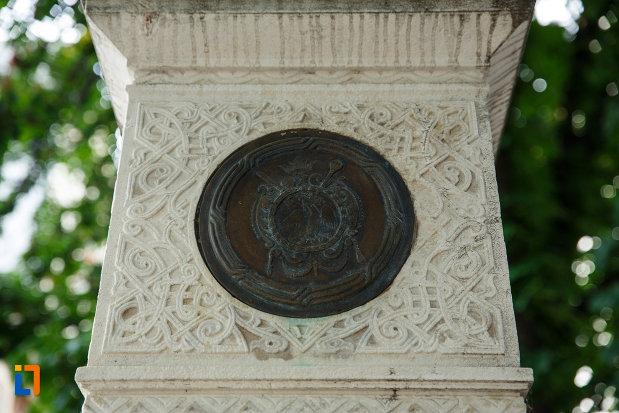 basorelief-de-pe-monumentul-unirii-principatelor-din-focsani-judetul-vrancea.jpg