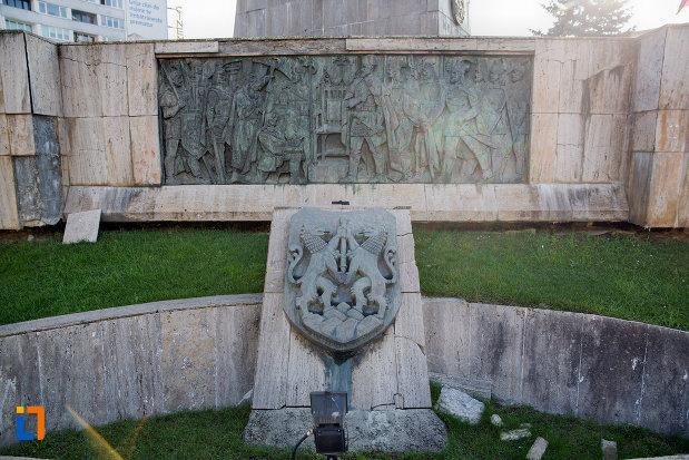 basorelief-de-pe-statuia-ecvestra-a-lui-mihai-viteazul-din-cluj-napoca-judetul-cluj.jpg