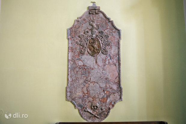 basorelief-din-biserica-romano-catolica-coborarea-sfantului-duh-din-oradea-judetul-bihor.jpg