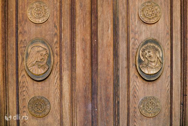 basorelief-in-lemn-catedrala-ortodoxa-sfanta-vineri-din-zalau-judetul-salaj.jpg