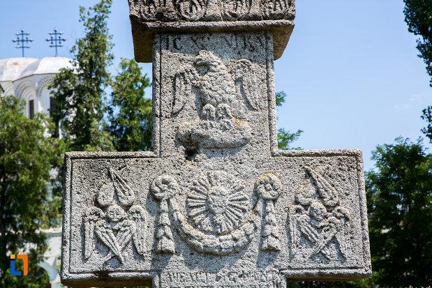 basoreliefuri-de-pe-cruce-de-piatra-1872-din-oltenita-judetul-calarasi.jpg