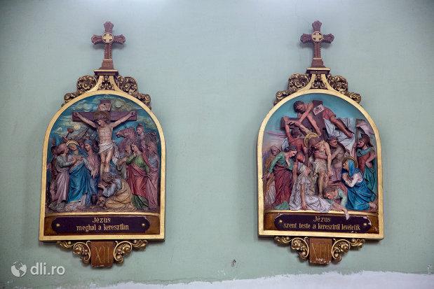 basoreliefuri-din-biserica-romano-catolica-sf-anton-din-oradea-judetul-bihor.jpg
