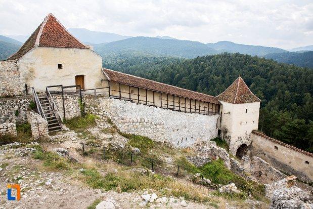 bastioane-si-zid-din-cetatea-rasnov-judetul-brasov.jpg
