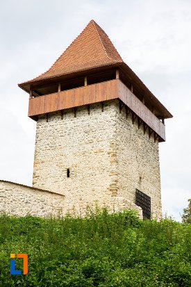 bastion-de-la-cetatea-rasnovului-judetul-brasov.jpg