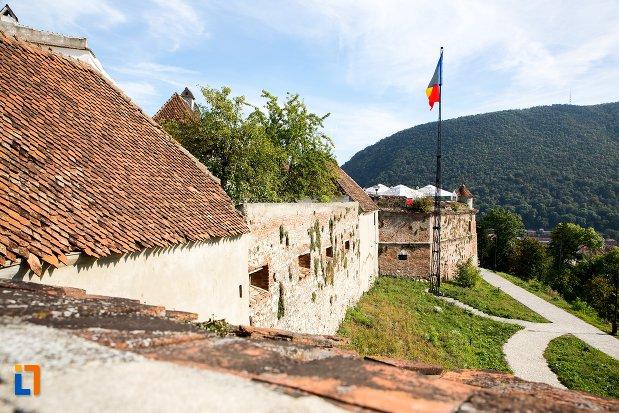 bastion-si-carare-de-la-cetatea-brasov-judetul-brasov.jpg