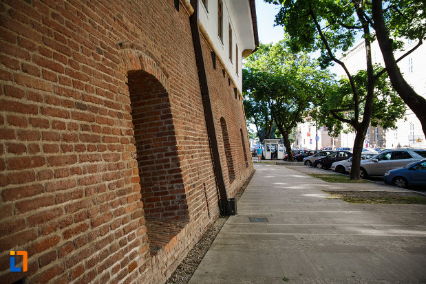 bastionul-maria-therezia-din-timisoara-judetul-timis-vazut-din-lateral.jpg