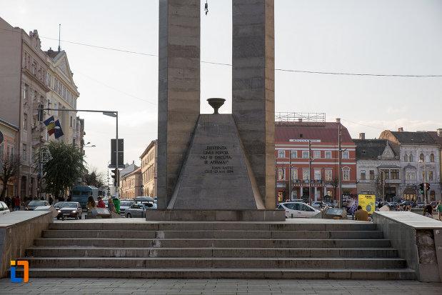 baza-de-la-monumentul-memorandistilor-din-cluj-napoca-judetul-cluj.jpg