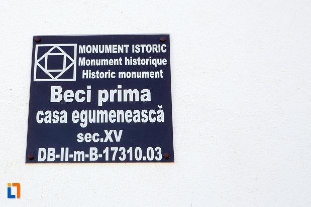 beci-de-la-manastirea-stelea-din-targoviste-judetul-dambovita.jpg