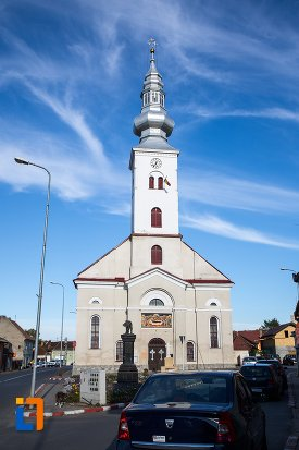 biserica-adormirea-maici-domnului-din-sacele-judetul-brasov.jpg
