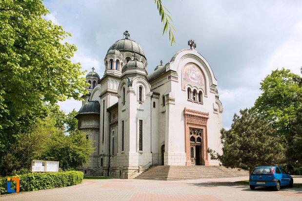 biserica-adormirea-maicii-domnului-din-craiova-judetul-dolj.jpg