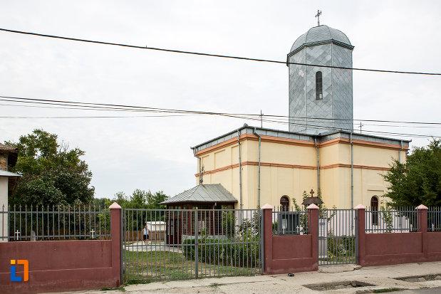 biserica-adormirea-maicii-domnului-din-slobozia-judetul-ialomita.jpg