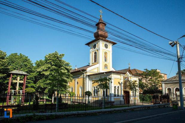 biserica-adormirea-maicii-domnului-sau-sf-nicodim-biserica-maioreasa-din-drobeta-turnu-severin-judetul-mehedinti-vazuta-din-lateral.jpg