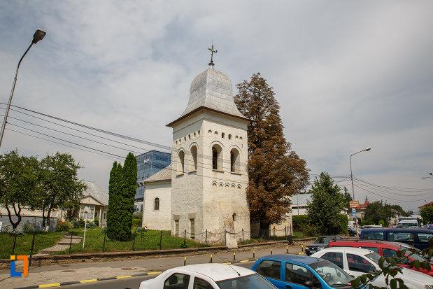 biserica-armeneasca-sf-cruce-1521-din-suceava-judetul-suceava.jpg