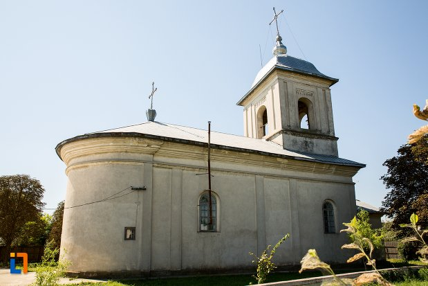 biserica-cuvioasa-paraschiva-din-stefanesti-judetul-botosani-vazuta-din-spate.jpg