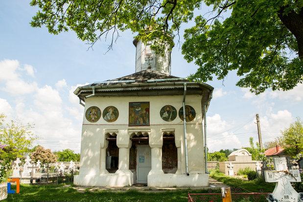 biserica-cuvioasa-paraschiva-din-suica-judetul-olt-vazuta-de-la-intrare.jpg