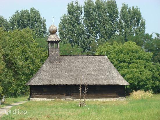 biserica-de-lemn-cuvioasa-paraschiva.jpg