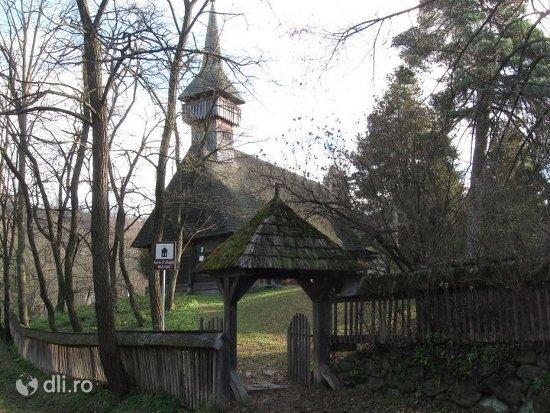 biserica-de-lemn-din-breb.jpg