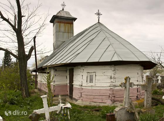 biserica-de-lemn-din-butesti.jpg