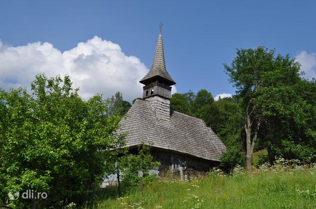 biserica-de-lemn-din-certesti.jpg
