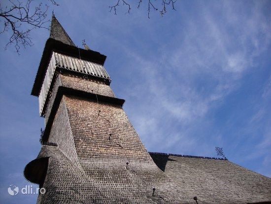 biserica-de-lemn-din-surdesti.jpg