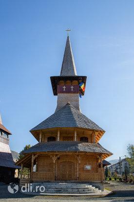 biserica-de-lemn-ortodoxa-din-baia-sprie-judetul-maramures-vedere-din-fata.jpg