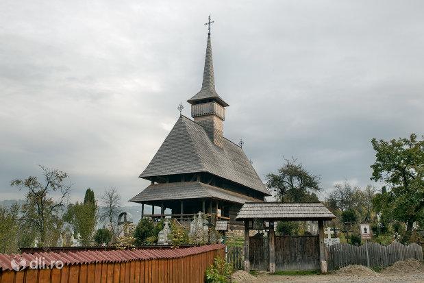 biserica-de-lemn-sf-nicolae-din-salistea-de-sus-judetul-maramures.jpg