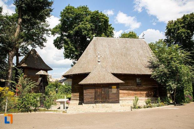 biserica-de-lemn-vargolici-din-dorohoi-judetul-botosani.jpg