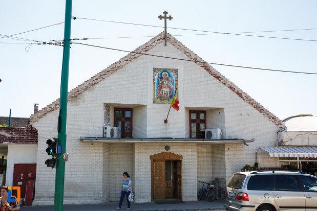 biserica-din-cetate-sf-dimitrie-din-timisoara-judetul-timis.jpg