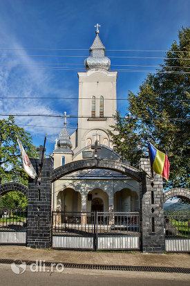 biserica-din-moiseni-judetul-satu-mare.jpg