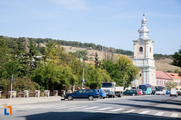biserica-din-orasul-rupea-judetul-brasov.jpg