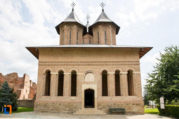 biserica-domneasca-adormirea-maicii-domnului-din-targoviste-judetul-dambovita.jpg