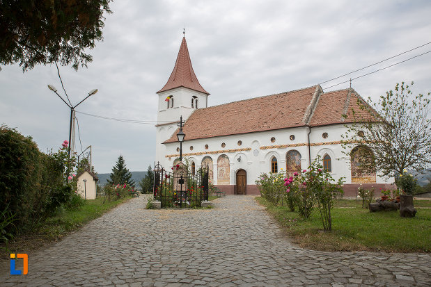 biserica-duminica-floriilor-din-avrig-judetul-sibiu.jpg