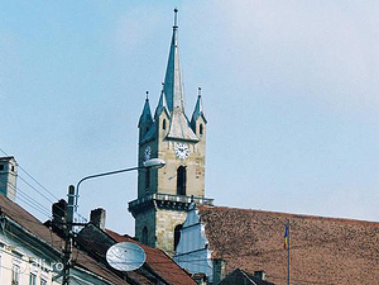 biserica-evanghelica-din-bistrita.jpg