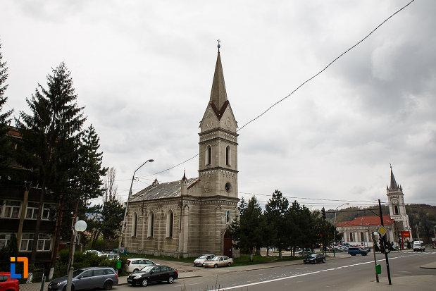biserica-evanghelica-din-petrosani-judetul-hunedoara.jpg