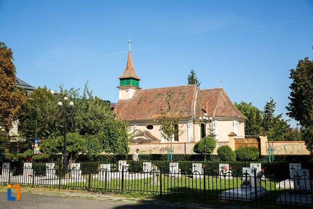 biserica-evanghelica-maghiara-blumana-din-brasov-judetul-brasov.jpg