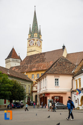 biserica-evanghelica-sf-margareta-si-turnul-trompetilor-1488-din-medias-judetul-sibiu.jpg